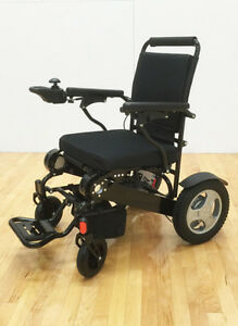 EASYFOLD FOLDABLE TRULY PORTABLE POWER WHEELCHAIR 400LB CAPACITY