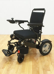 SAVE $1819!!   EASYFOLD  ELITE POWER  WHEELCHAIR ONLY 46lbs!! London Ontario image 9