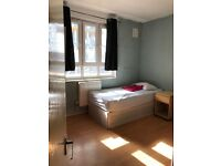 AVAILABLE NOW...GOOD SIZE TWIN/DOUBLE ROOM...£180 PW(BILLS INC)