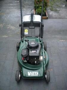 Victa 35 Classic Cut & Catch Lawn Mower 140cc Briggs and Stratton Canterbury Canterbury Area Preview