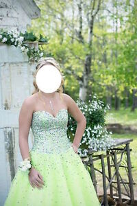 Prom Dress for sale Size 6