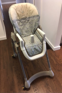 EVENFLO 'TABLE FIT' ADJUSTABLE HEIGHT HIGH CHAIR!!