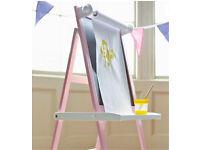 Pink art easel