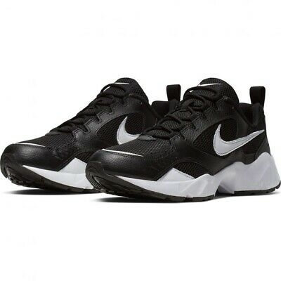 Nike Air Heights Size 10 RRP£69.95
