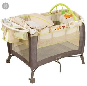 Summer Infant playard and changer Edmonton Edmonton Area image 2