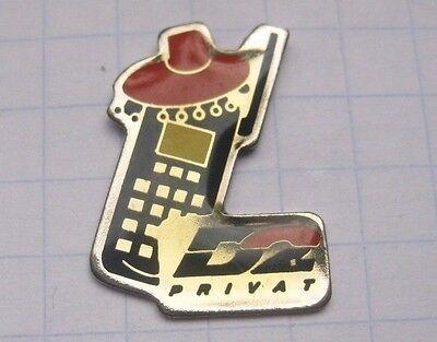 D 2 / D2 PRIVAT     .......................... Handy Pin (147c)