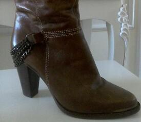 Dune quality knee high boots size 7.