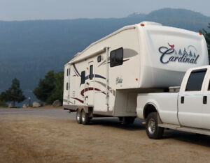 31' Cardinal 5th Wheel by Forest River/ with hitch.