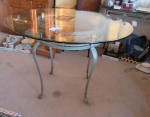 Dining Table With Matching Hall/Buffet Table