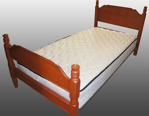 Twin Bed Solid Maple with Metal Frame, Sealy Mattress and slats