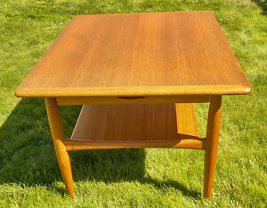 Teak Retro-Vintage Side Table