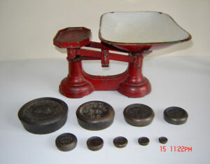 Vintage Cast Iron Farmhouse Kitchen Scale & Weights - circa 1930
