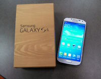 SAMSUNG S4 LIKE NEW IN BOX UNLOCKED (WIND / MOBILICITY)