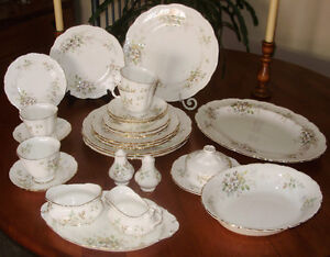 Royal Albert Haworth China Large Service For 6 Exc Condition