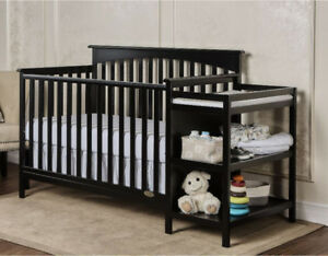 *new!*4in1 Convertible Crib and Changer