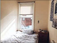 Bright Cozy Single Room in Levenshulme 5 bedrooms house