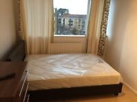 ***GOOD SIZE SINGLE ROOM WITH DOUBLE BED AND TV***£160 pw (bills inc)