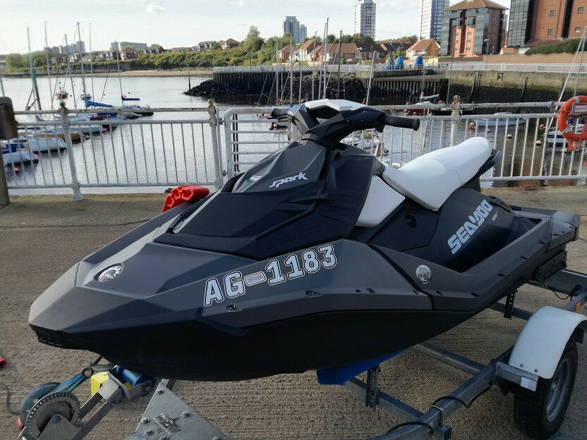 2015 Seadoo Spark - High Output Jet Ski - 90HP