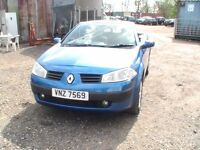 Renault megane convertable Blue 2005 with private plate 1.6 not 1390