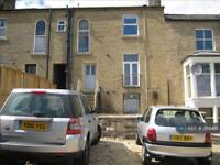 1 bedroom flat in Claire Hill, Huddersfield, HD1 (1 bed)