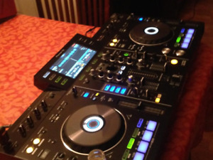 PIONEER xdj-rx// all-in one controller, no cmpt needed. **Mint**