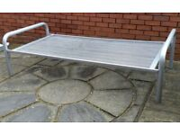 metal frame single bed. strong and sturdy. In very good condition.