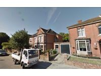 Furnished Studio available in Westridge Road, St Denys for £ 450 Per Month - Now