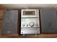 Sony hi fi stereo with speakers
