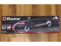 RAZOR AUTHENTIC BLACK LABEL SPORT SCOOTER AGE 8+ AIRCRAFT GRADE ALUMINIUM BOXED EXCELLENT CONDITION