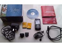 BLACKBERRY 8100 PROSUMER MOBILE PHONE + ACCESSORIES