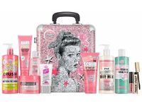 Soap & Glory Whole Glam Lot Gift Set Tin