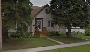 Spacious St. Boniface 4BR House w/Double Attach Garage For Rent