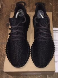 QUICK SALE ! Yeezy Boost 350 Pirate black