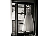 Beautiful ivory weeding dress in prefect condition