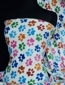 Polar-fleece-anti-pill-washable-soft-fabric-paws-Q396-CRMMLT
