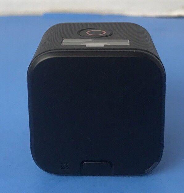 GoPro HERO4 Session 8 MP Waterproof Action Camera Camcorder * 31 In 1 Bundle Kit
