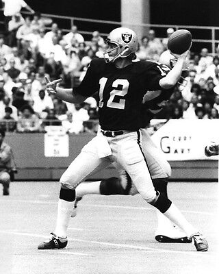 (1970s Oakland Raiders KEN STABLER Glossy 8x10 Photo NFL Football Print Poster)