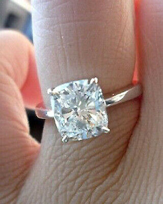 Charming 1.50 Ctw Cushion Cut Diamond Engagement Ring 18K White Gold H VS2 GIA