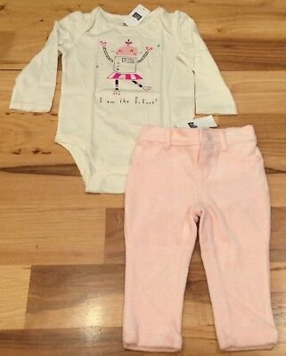 Baby Gap Girls 12-18 Months Outfit. Girl Robot Shirt & Pink Velour Pants. Nwt (Baby Girl Velour Pant)