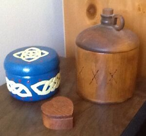 3 WOODEN JARS MADE LOCALLY. Also COLLECTOR TINS.