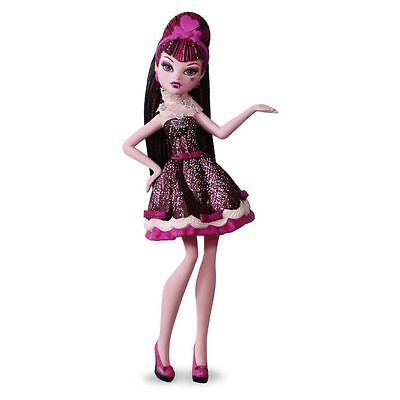 Hallmark 2016 Draculaura Monster High Ornament