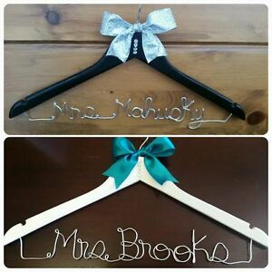 personalized wire wedding name hanger- Bride hanger London Ontario image 6