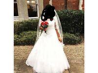 Stunning princess wedding dress worn in Nov 16