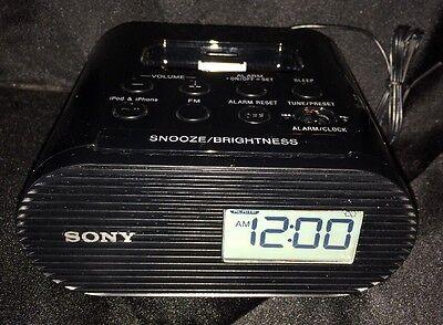 Sony ICF-C05IP Clock Radio 30-Pin Dock For iPhone iPod Speaker Dock Black