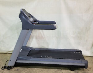 Precor 956i Commercial Treadmill