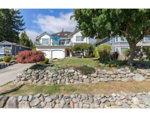 Gibsons & Area House for sale:  5 bedroom 2,818 sq.ft.