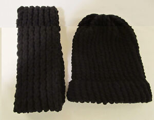 CHRISTMAS HOLIDAY SALE - KNITTED HATS AND SCARVES Windsor Region Ontario image 7
