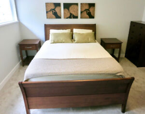 Maple Sleigh Bed & 2 Solid Maple Night Stands