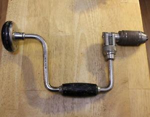 Vintage Hand Drill / Perceuse à main antique