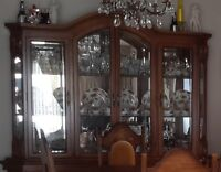 Beautiful Solid Wood Dining Room Table, 6 Chairs & China Cabinet